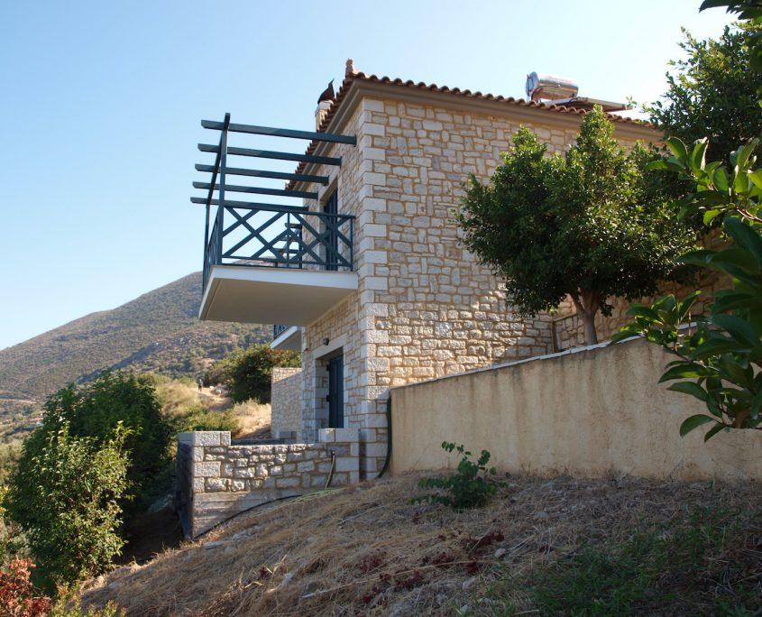 Immobilie Kyparissia Außenansicht
